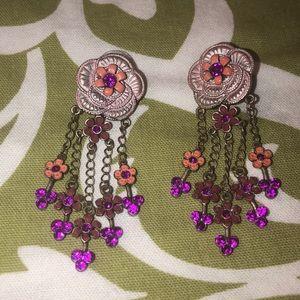 Dangle floral earrings pierced